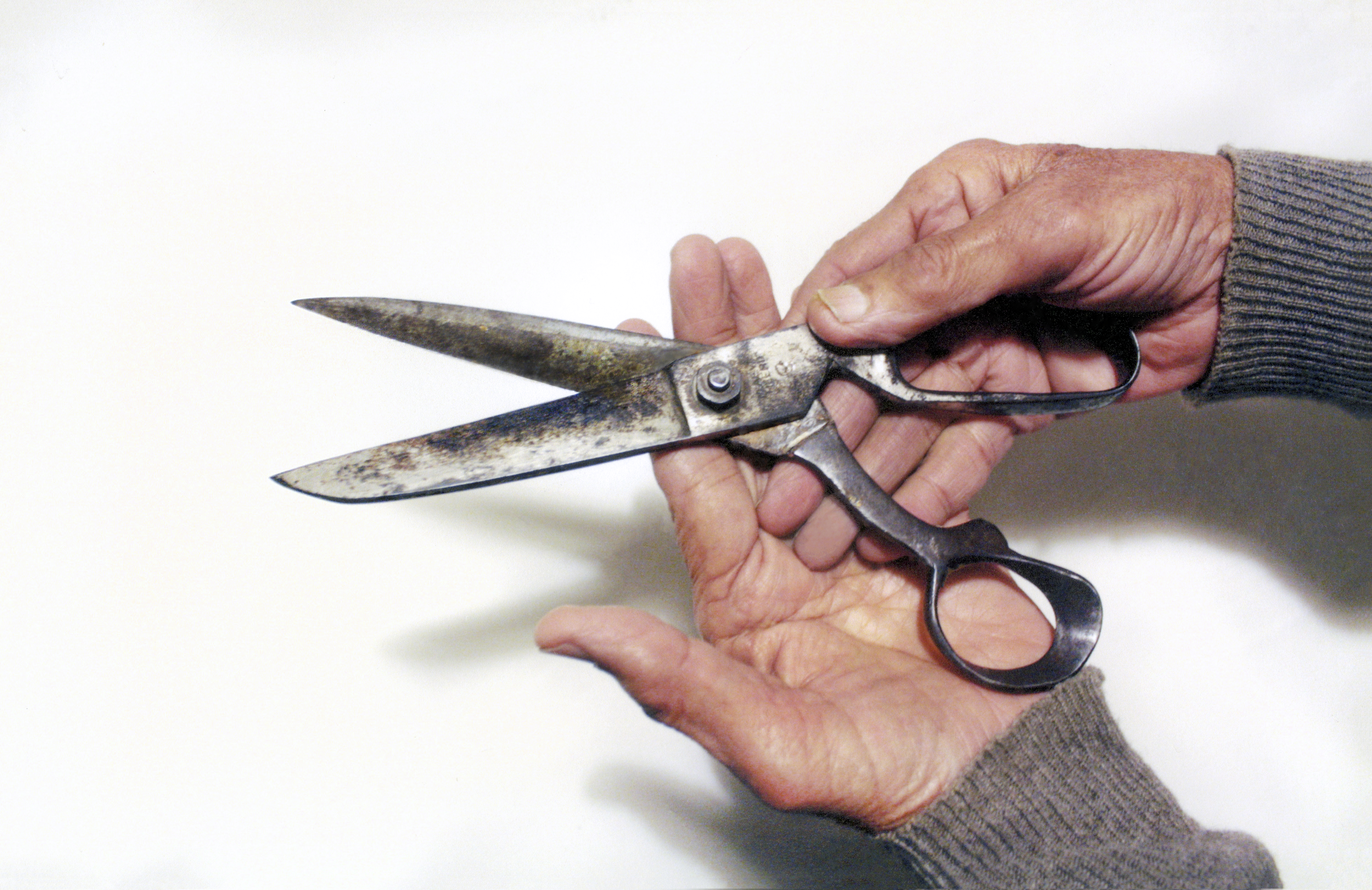 Tailors' scissors- Lahore to Delhi